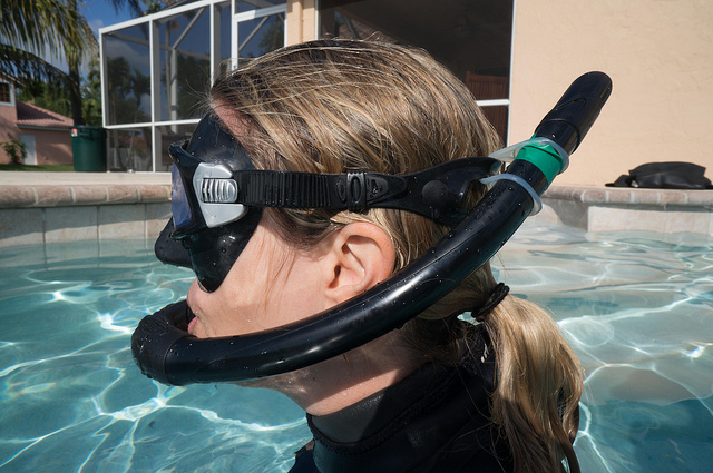 how to use a snorkel keeper